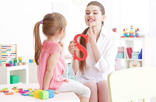 10 Reasons to Become a Speech-Language Therapist