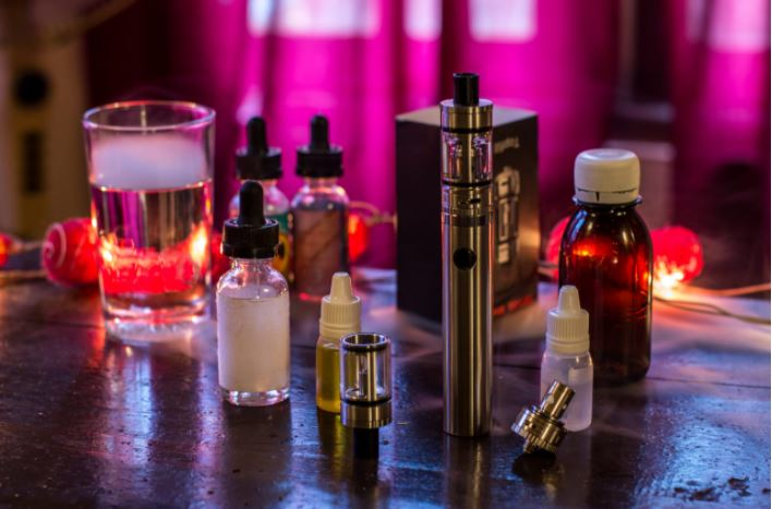 Top 5 Factors to Consider When Choosing Vaping Supplies