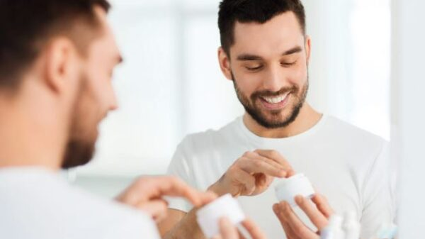 3 Helpful Skincare Tips for Men to Achieve a Clear, Healthy Glow