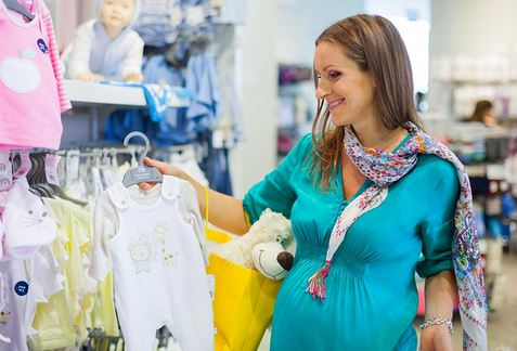 Reasons to buy fashionable clothes for your baby