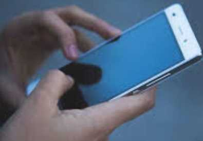 Best of Lightweight Mobiles Under 15000