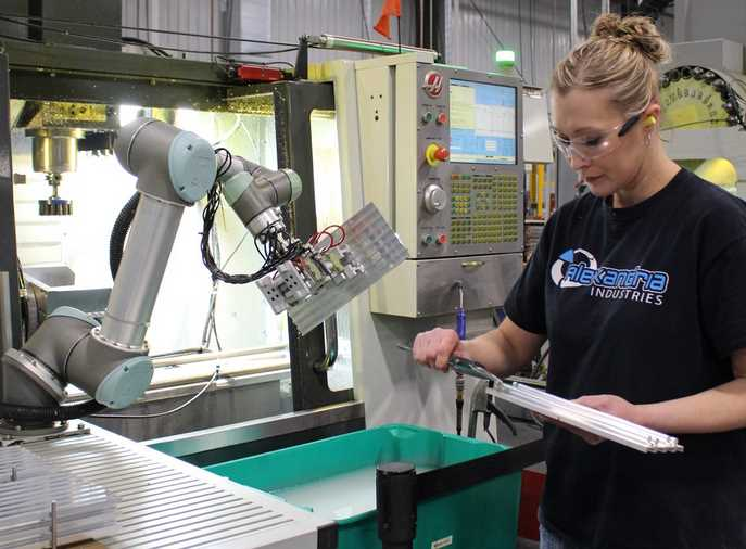 A Review On CNC Robots in Production Today