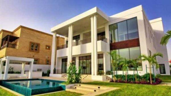 Experience the Peak of Abundance at Emirates Hills in Dubai