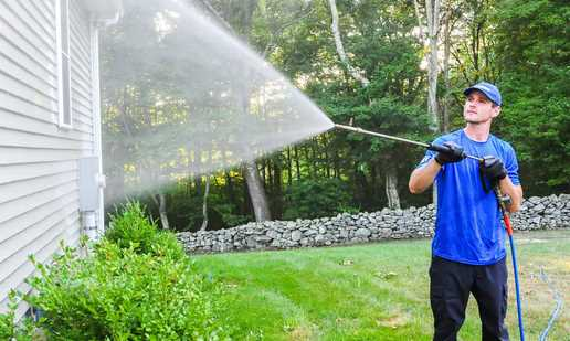 4 Ways Pressure Washer Insurance Will Benefit Your Company