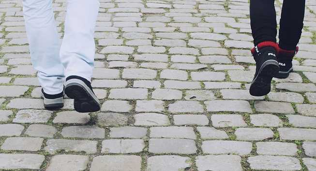 7 Signs Your Running Shoes Are the Wrong Size